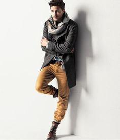 Oh Noah Mills. Best male model ever!