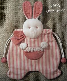 Ulla's Quilt World: Quilted rabbit pouch, Japanese patchwork                                                                                                                                                                                 Mais