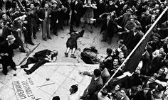 The bodies of unarmed protestors shot by the police and the British army in Athens on 3 December Míkis Theodorakis, renowned composer and iconic figure in modern Greek history, daubed a Greek flag in the blood of those who fell. British Soldier, British Army, Greece Today, Greek Flag, Greek History, Black History, World War Two, Great Britain, Crowd