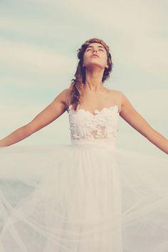 Amazing illusion neckline! | http://www.weddingpartyapp.com/blog/2014/08/28/etsy-wedding-dress-guide-boutique-brides/