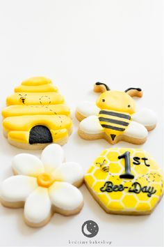 first bee day royal icing cookies by Katie Kinne 1st Birthday Party For Girls, 1st Birthday Themes, 1st Birthday Party Invitations, 1st Birthday Cakes, Baby First Birthday, Birthday Cookies, Birthday Ideas, Bee Cookies, Royal Icing Cookies