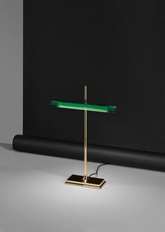Table lamp with direct light.