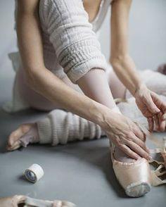 d7e1ebf9b6b Karolina Kuras fine art ballet photography Balettskor, Balett,  Balletdansöser, Dansfotografering, Ballerinor,