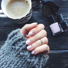 Nails: neutral with dots Pretty Nails, My Nails, Neutral, Dots, Stitches, Cute Nails, Belle Nails, Beauty Nails, Ring Finger