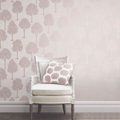 This Quartz Tree Wallpaper in rose gold has a stylish tree pattern on a textured background infused with glitter. Free UK delivery available Decor, Tree Wallpaper, Gold Dining Room, Stylish Home Decor, Wallpaper Walls Decor, Dining Room Design, Wallpaper Lounge, Feature Wall Wallpaper, Living Room Designs