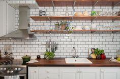 baldas cocina - Materiales low cost que harán mejor tu cocina