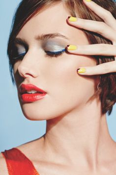 Spring calls for bold, bright makeup! #AvonSpring