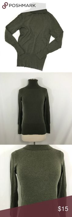 Banana Republic Turtleneck • Olive silk cotton cashmere turtleneck. This is incredibly soft and comfortable. This is in great condition. Banana Republic Sweaters Cowl & Turtlenecks