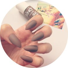 Matte brown stiletto nails set of 20   Hand painted  by NailGals