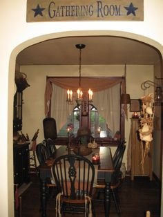 country prim dining rooms | ...Re-decorating again. RE-POST OF PRIM DINING ROOM - Dining Room ...