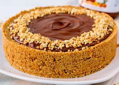 Easy Nutella Salted Caramel Cheesecake - A simple no-bake cheesecake that will impress everyone! Chocolate And Vanilla Cake, Chocolate Sweets, Decadent Chocolate, Chocolate Recipes, Chocolate Lovers, Easy Baking Recipes, Cake Recipes, Dessert Recipes, Easy No Bake Cheesecake