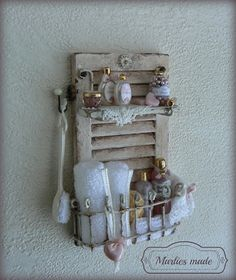 Bathroom Rack in 112 scale by marliesmade on Etsy