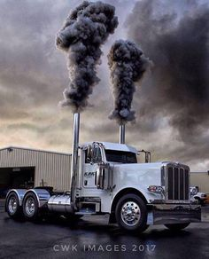 Peterbilt day cab wth tons of torque and hp
