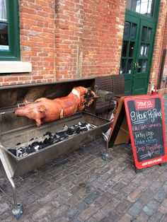 how to cook a whole pig in the oven