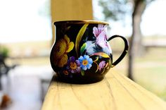 Love these cups- a little beyond my price range but still pretty! DSC_1751 by Ree Drummond / The Pioneer Woman, via Flickr