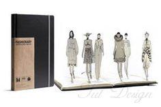 Скетчбук с полезными функциями для авторов моды.