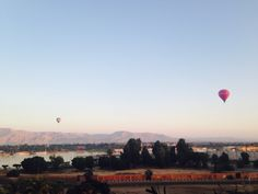 Gorgeous views of hot air balloons over the Valley of the Kings in Luxor during breakfast! Breathtakingly beautiful..