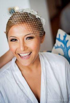 Beautiful Bride Thea from Dubai wearing @nestinaccessory's Celsetyn veil.