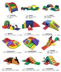 Wood or Metal Playground Equipment? – Playground Fun For Kids Toddler Indoor Playground, Toddler Play Area, Baby Play Areas, Soft Play Area, Indoor Play Areas, Toddler Toys, Playground Ideas, Indoor Play Equipment, Soft Play Equipment