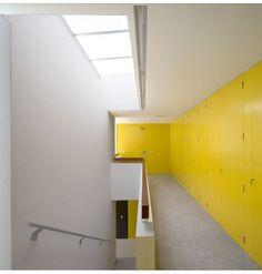 27 VPO / Equipo Olivares Arquitectos yellow
