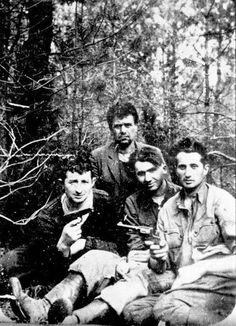 Bransk, Poland, 1942, A group of Jewish partisans in the Bransk Forest