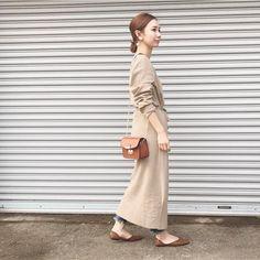 """.  上品な春の大人コーディネート ベージュにジーンズを合わせたシンプルスタイル  Photo by @mao_look   Dress... #urs  Bottom... #ungrid  Shoes... #selectshoplove  Bag... #plainclothing  \デニムプレゼント企画/ MINE公式アプリ内のSPECIALカテゴリーにてデニム公開中 今回は人気ブランドのデニムを特別に計5名様にプレゼント  応募方法  #mineby3mootd_denim を付けて""""最新のデニムコーデ""""をUP!  投稿して頂いた方の中から抽選でプレゼント致します ( MINEの特集ページでもご紹介させて頂くこともあります)  応募期間 3/13(月) - 3/31(金)中   詳しくはアプリstoreにてMINEと検索   ハッシュタグ#mineby3mootdを付けたコーディネートを募集中紹介させていただくことも  #mineby3mootd #MINEBY3M #ootd #outfit #fashion #coordinate  #instafashion…"""