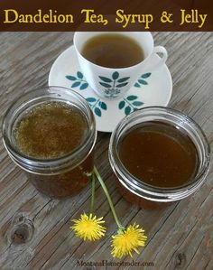 How to make dandelion tea, syrup and jelly Montana Homesteader Edible Plants, Edible Flowers, Dandelion Recipes, Wild Edibles, Medicinal Plants, Canning Recipes, Herbal Medicine, Diy Food, Real Food Recipes