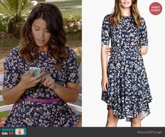 Jane's blue floral dress on Jane the Virgin.  Outfit Details: http://wornontv.net/40537/ #JanetheVirgin