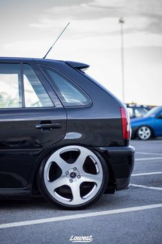 Vw Pointer, Vw Vintage, Car Parts, Pointers, Volkswagen, Wheels, Garage, Cars, Automotive Art