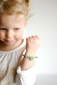 DIY Valentine's Heart knot friendship bracelets