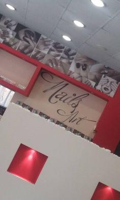 Ταπετσαρία κολάζ και αυτοκόλλητα γράμματα τοίχου  σε κομμωτήριο!!  Μια υπέροχη ιδέα για να διακοσμήσετε την επιχείρηση σας, τα γραφεία σας Συμβουλευτείτε μας για το σχέδιο ή πείτε μας αυτό που θέλετε να κάνετε και εμείς θα το φτιάξουμε.   Αφήστε την φαντασία να ομορφύνει και να δώσει ζωή σε κάθε χώρο σας!!!!!  Ρωτήστε μας για λεπτομέρειες & συμβουλευτείτε μας!!   #just_print #ektyposeis #print #wallpapper #ταπετσαρια #φωτοταπετσαρια #διακοσμηση #τοιχου #εκτυπωση