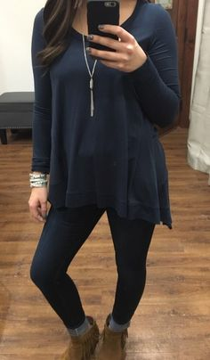 •flaired and flirty• In this navy top! Pair with your favorite skinnies, straight skirt, or leggings!  #basicsarenecessities #flaredtop #navytop Top: $32