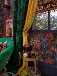 Unique & Daring Design For Maximalist Lovers - Divine Savage.- Unique & Daring Design For Maximalist Lovers – Divine Savages – The Interior Editor Savages - Chandelier Design, Industrial Bedroom Design, Industrial Storage, Grand Designs Live, Living Colors, Maximalist Interior, Deco Originale, Eclectic Decor, Interiores Design