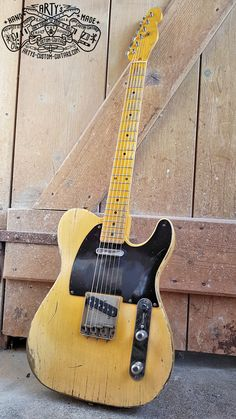 50's Telecaster Broadcaster heavy relic Tele Butterscotch Blond Maple Neck Bakelite Pickguard Fender Swamp Ash Body aged Nitro Finish Arty's Custom Guitars Guitar Pics, Guitar Amp, Cool Guitar, Acoustic Guitar, Telecaster Guitar, Fender Guitars, Rare Guitars, Vintage Guitars, Electric Guitars