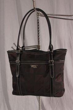 Classic Black Laticia Tote Now At Sydney S Purses Clutches Wallets Pinterest Clutch Wallet Purse And