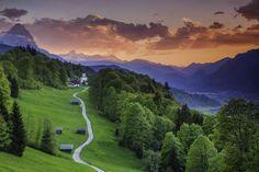 En el estado de Baviera, en Alemania, se encuentra este lugar en la frontera con Austria, que es un ... - Garmisch-Partenkirchen