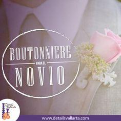 Un #Boutonnier clásico es aquel de color blanco el cual luce bien con todo tipo de color de corbata.   Aunque si quieres tener más coherencia con la temática de la boda podrías llevarlo del color de la decoración.  #DetailsVallarta #YoSoyDetailsVallarta