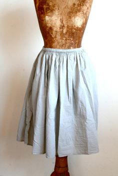 bon - pipsqueak grey cotton skirt  au natural.  what you tend to see is what you kind of get