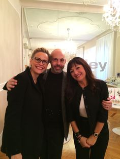 Lovely smiling people at Sisley Paris Milano update day. Thanks to Isa, Giorgia, Mercedes, Alda, Amedeo!