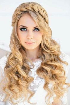 wanna give your hair a new look ? Braided hairstyles is a good choice for you. Here you will find some super sexy Braided hairstyles, Find the best one for you, Braided Crown Hairstyles, Trendy Hairstyles, Wedding Hairstyles, Beautiful Hairstyles, Hairstyles 2016, Summer Hairstyles, Vintage Hairstyles, Bridesmaid Hairstyles, Virtual Hairstyles