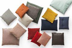 Dekoračný vankúš PLUM SOFT Calligaris – LIVINGIN Plum, Throw Pillows, Bed, Home, Toss Pillows, Cushions, House, Ad Home, Homes