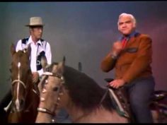 Dean Martin & Lorne Green - Don't fence me in - on Dean Martin's show....funny!