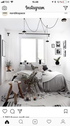 18 Coolste Studio Wohnung Layout # is beyond beautiful! Monochrome Bedroom, White Bedroom Decor, Bedroom Ideas, Cozy Bedroom, Bedroom Inspo, Master Bedroom, Budget Home Decorating, Scandinavian Bedroom, Elegant Homes