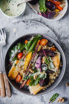 Roasted Beetroot Carrot Salad - YOGURT SAUCE - Playful Cooking Roasted Beets And Carrots, Roasted Root Vegetables, Veggies, Roasted Veggie Salad, Quinoa Salad, Beetroot And Carrot Salad, Fried Halloumi, Easy Salads, Spring Recipes