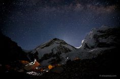 http://www.eliasaikaly.com For stock footage requests please visit: http://adventurestockvideo.com  Experience the beauty of Mt. Everest at night in time-lapse. While most climbers slept, I attempted to capture some of the magic that the Himalayan skies have to offer while climbing to the top of the world.  Here's a bit of what I endured at the end to make this possible: http://www.eliasaikaly.com/2013/05/into-the-death-zone/  One of the most rewarding parts of the journey was ...