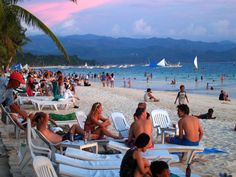 Senators have expressed scepticism over the looming closure of Boracay Island, even as plans for a huge casino resort are pushing ahead. Boracay Philippines, Philippines Beaches, Philippines Travel, Boracay Resorts, Beach Resorts, Enjoy Your Vacation, Vacation Spots, Tourism Department, Boracay Island