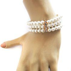 Bridal Bracelet Pearl Wedding Bracelet Bridal by selenayselenay #etsyfind #fashion #bracelet