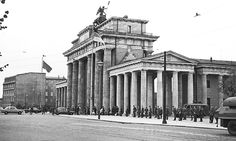 Guards at the Brandenburg Gate on the day  the border between the two sides of the city was closed, August 13, 1961. Photo by Steffen Rehm.