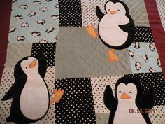penguins!! Penguin Love, Penguin Baby, Baby Pattern, Flannel Quilts, Baby Penguins, Colorful Quilts, Polka Dot Fabric, Toddler Preschool, Quilting Projects