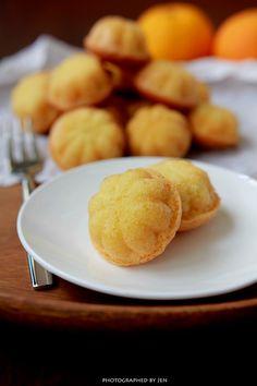 In Cookie Haven: Kueh Bahulu/Bolu (Mini Sponge Cake)